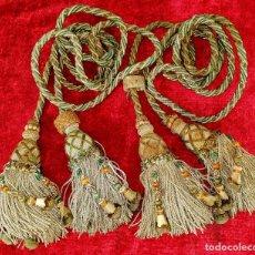 Antigüedades: PAREJA DE GRANDES ALZAPAÑOS DE 2 BORLAS CADA UNO. ESPAÑA. SIGLO XIX. Lote 192791721