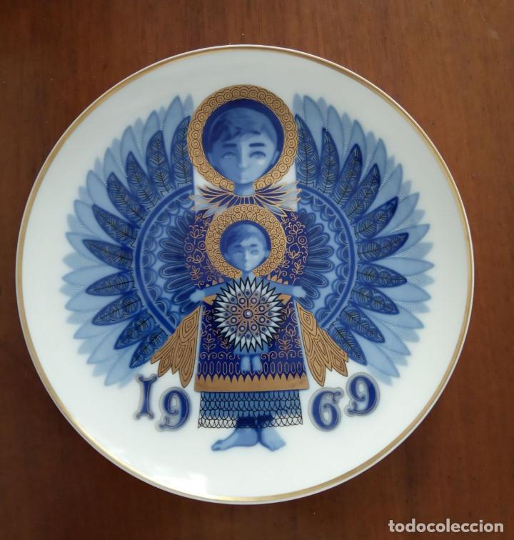 PLATO NAVIDAD CONMEMORATIVO SANTA CLARA DEDICADO MOISES ALVAREZ E HIJOS AÑO 1969 (Antigüedades - Porcelanas y Cerámicas - Santa Clara)
