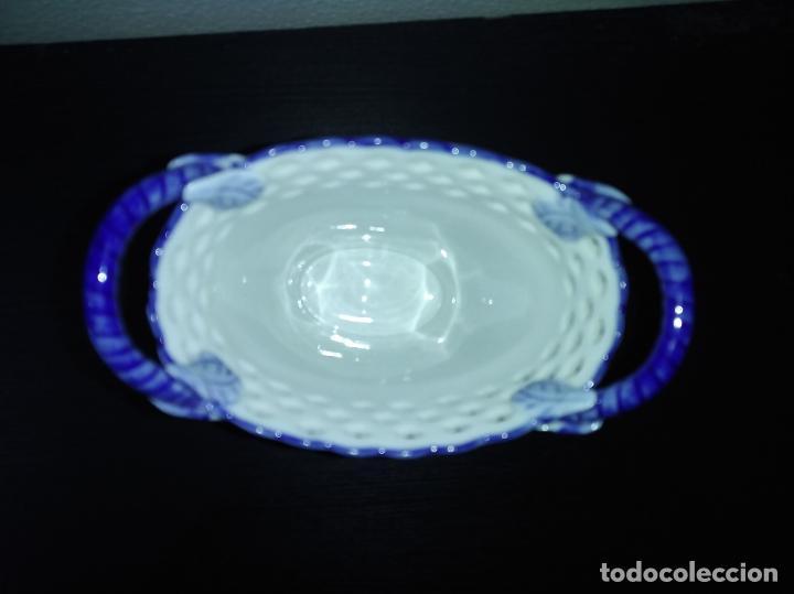 Antigüedades: Precioso jarrón florero porcelana delftware royal twickel hand painted molino porcelana holandesa - Foto 13 - 192898886