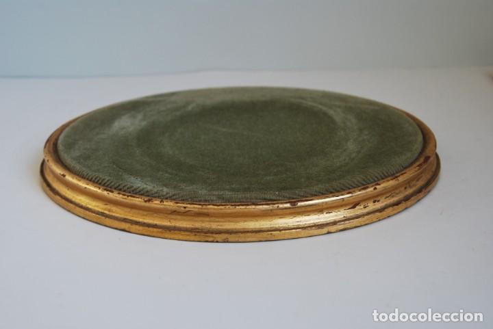 Antigüedades: ANTIGUA PEANA DE MADERA - TERCIOPELO VERDE - PEDESTAL - BASE - PIE - Foto 2 - 192953778