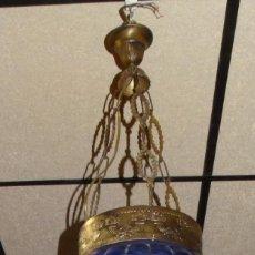 Antigüedades: LÁMPARA DE TECHO CRISTAL PINTADO Y BRONCEADO ESTILO AÑOS 20. Lote 193022785