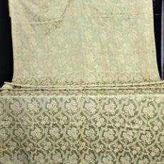 Antigüedades: T4 GRAN TELAR BROCADO DE SEDA ANTIGUO EN COLOR VERDE OLIVA. Lote 193058261