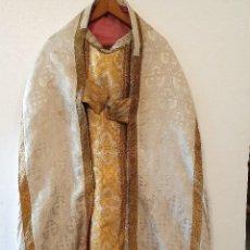Antigüedades: ANTIGUA CAPA PLUVIAL CON CASULLA . Lote 193165540