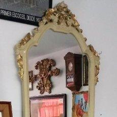 Antigüedades: CONSOLA DE MADERA CON ENCIMERA DE MÁRMOL Y ESPEJO, ESTILO ANTIGUO. Lote 193187476