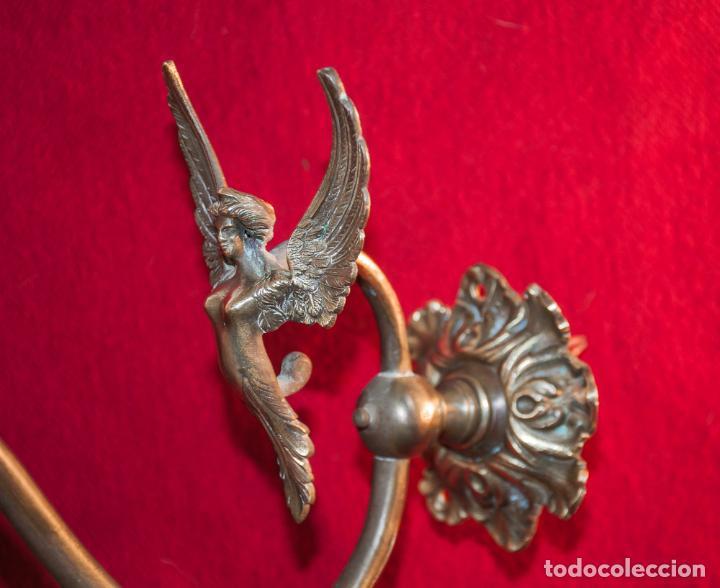 Antigüedades: MAGNIFICO ANTIGUO APLIQUE DE PARED CON FIGURA DE ANGEL EN BRONCE Y TULIPA DE CRISTAL DE MURANO - Foto 6 - 193206922