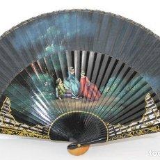 Antigüedades: ABANICO EN MADERA LACADA Y PINTADA A MANO - PAÍS EN TELA PINTADA - MEDIADOS DEL SIGLO XX. Lote 193214650