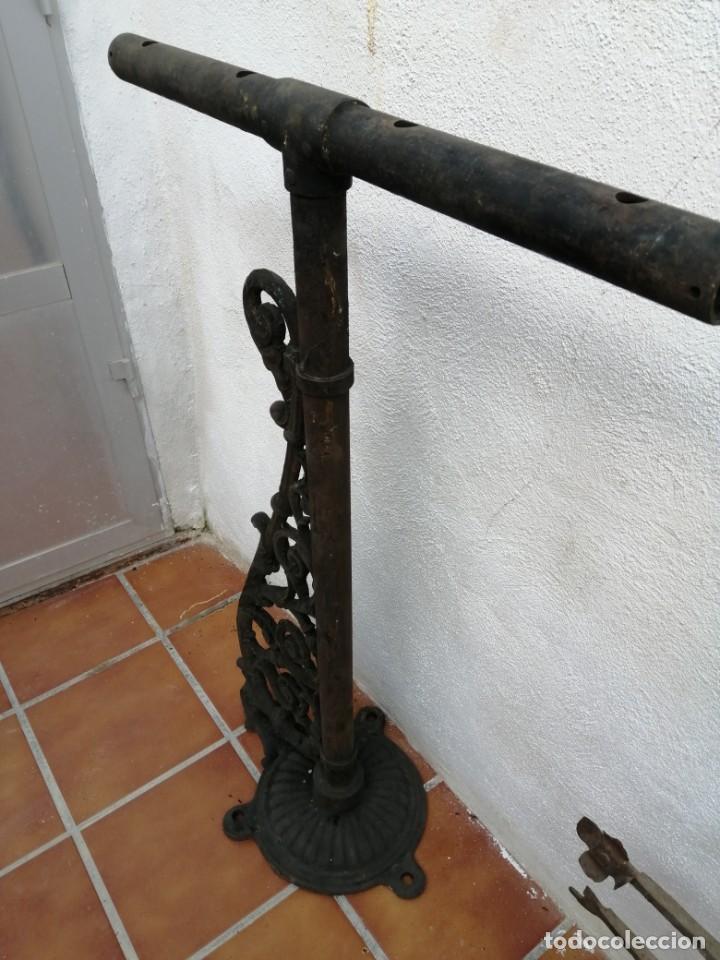 Antigüedades: BRAZO DE FAROLA DE CALLE ANTIGUO HIERRO GRANDE - Foto 3 - 193247011