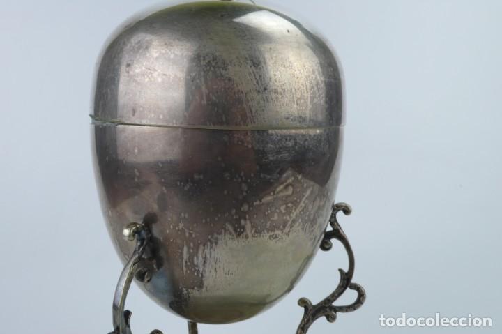 Antigüedades: Copa o recipiente metal cromado para calentar o cocer huevos -Primera mitad S.XX - Foto 2 - 193290095