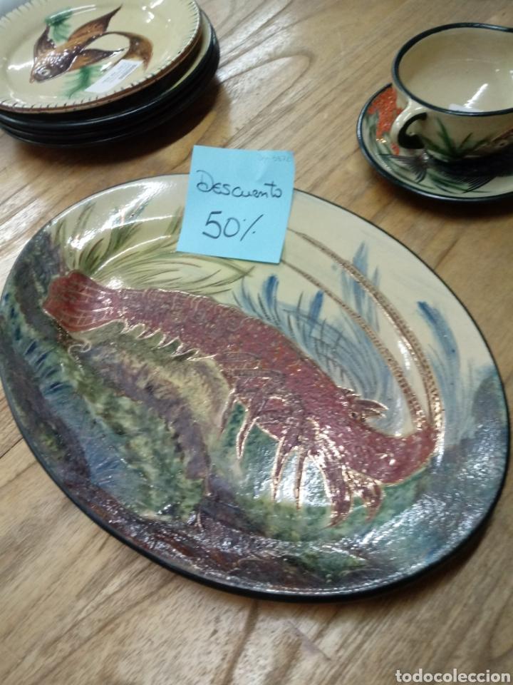 Antigüedades: Plata en ceramica de la Bisbal (Girona) con langosta - Foto 2 - 193320487