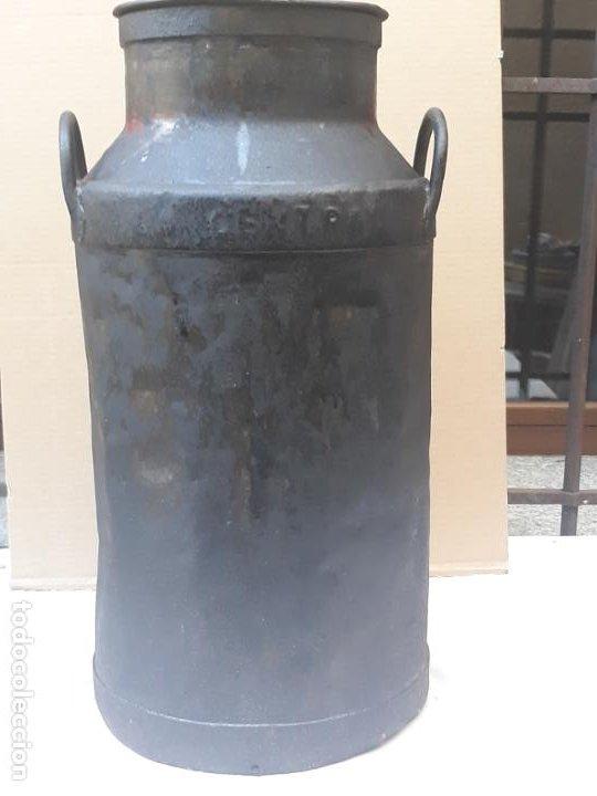 Antigüedades: CANTARA METALICA ANTIGUA DE : LA CENTRAL QUESERA S.A. - Foto 5 - 193374182