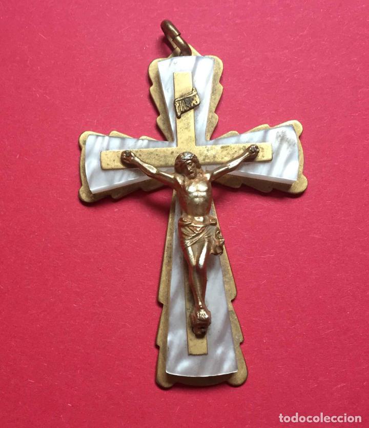 COLGANTE: ANTIGUA CRUZ (PRIMERA COMUNIÓN) 1960'S. ORIGINAL. COLECCIONISTA. (Antigüedades - Religiosas - Cruces Antiguas)