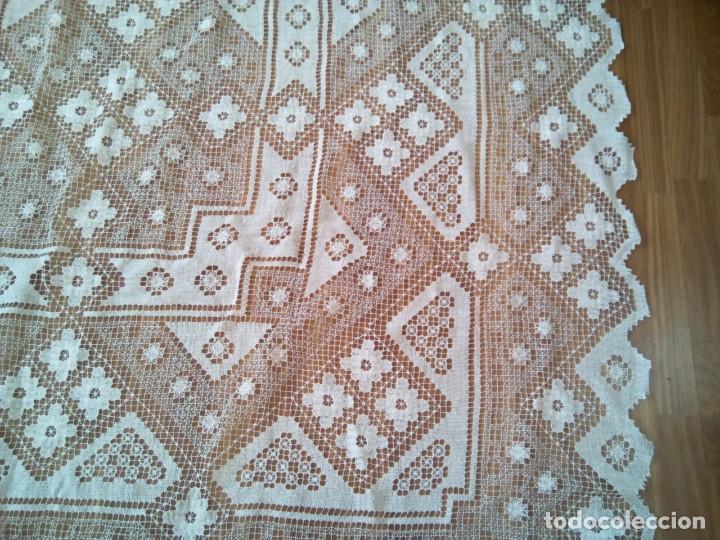 Antigüedades: * MANTEL O COLCHA . ENCAJE DE RED. NUEVA.2,80 M. (Rf:526/bé) - Foto 5 - 193572933