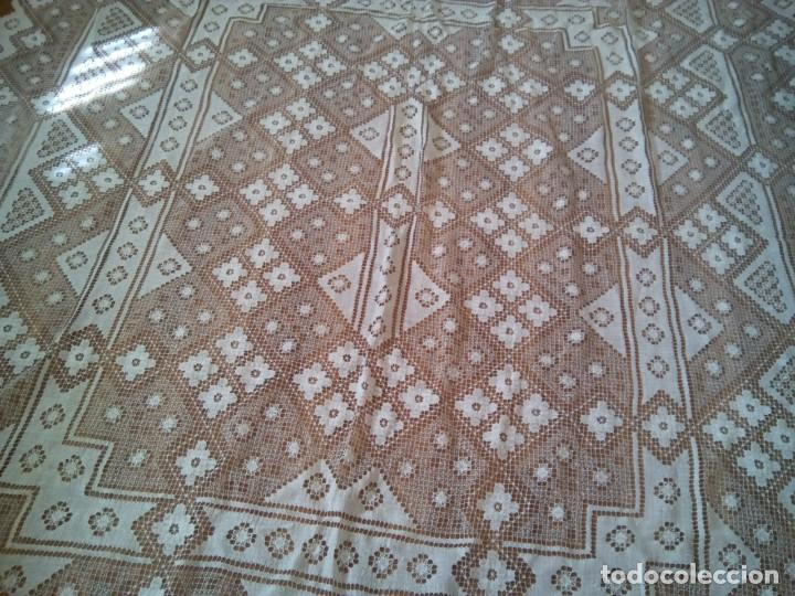 Antigüedades: * MANTEL O COLCHA . ENCAJE DE RED. NUEVA.2,80 M. (Rf:526/bé) - Foto 6 - 193572933