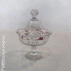 Antigüedades: BOMBONERA EN CRISTAL PINTADO, AÑOS 60.. Lote 193574466