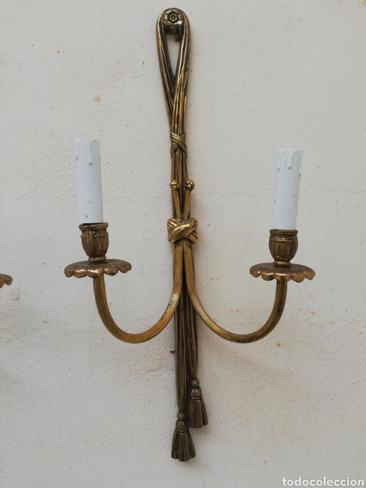 Antigüedades: Gran apliques lamparas de pared antiguas de bronce dorado estilo Luis XV Francia vintage años 60 - Foto 9 - 176727234