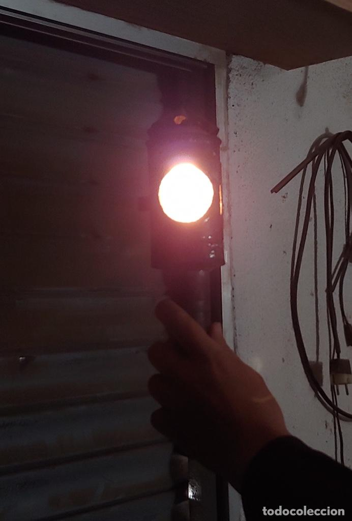 Antigüedades: Antigua linterna semáforo de ferroviario de vela - Foto 16 - 193624012