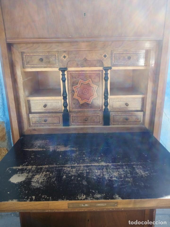 Antigüedades: antiguo SECRETAIRE estilo luis xiii ,madera maciza de nogal,interior con cajones con marquetería. - Foto 2 - 193649223