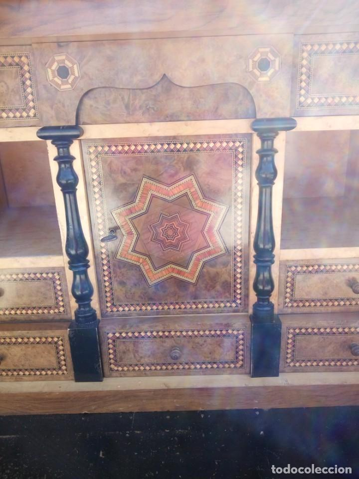 Antigüedades: antiguo SECRETAIRE estilo luis xiii ,madera maciza de nogal,interior con cajones con marquetería. - Foto 3 - 193649223