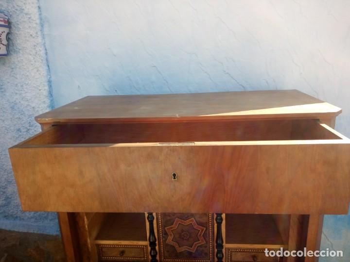 Antigüedades: antiguo SECRETAIRE estilo luis xiii ,madera maciza de nogal,interior con cajones con marquetería. - Foto 8 - 193649223