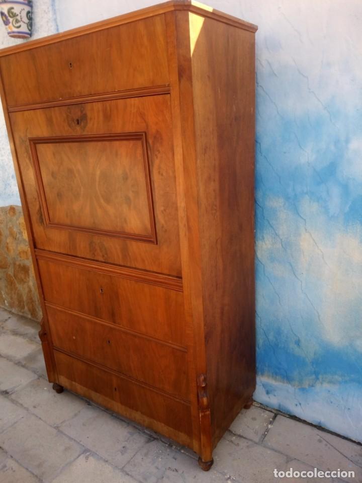 Antigüedades: antiguo SECRETAIRE estilo luis xiii ,madera maciza de nogal,interior con cajones con marquetería. - Foto 11 - 193649223