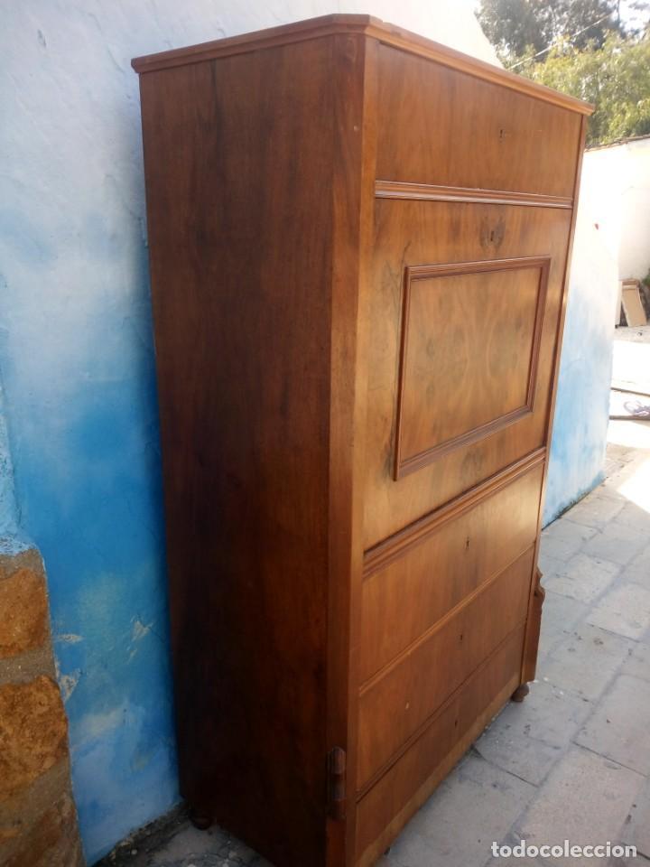 Antigüedades: antiguo SECRETAIRE estilo luis xiii ,madera maciza de nogal,interior con cajones con marquetería. - Foto 12 - 193649223