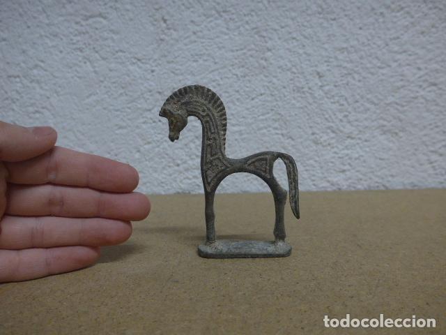 ESCULTURA DE UN ANIMAL A IDENTIFICAR (Antigüedades - Hogar y Decoración - Otros)