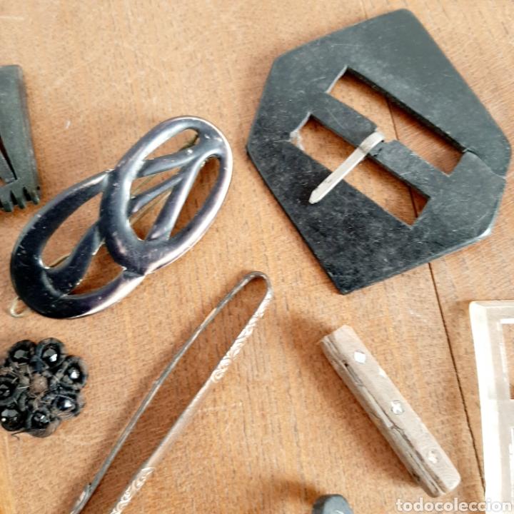 Antigüedades: Lote variado Hebillas Broches / Baquelita Metal etc... - Foto 3 - 193671871