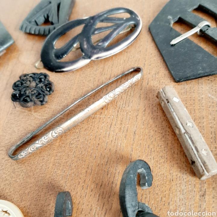 Antigüedades: Lote variado Hebillas Broches / Baquelita Metal etc... - Foto 6 - 193671871