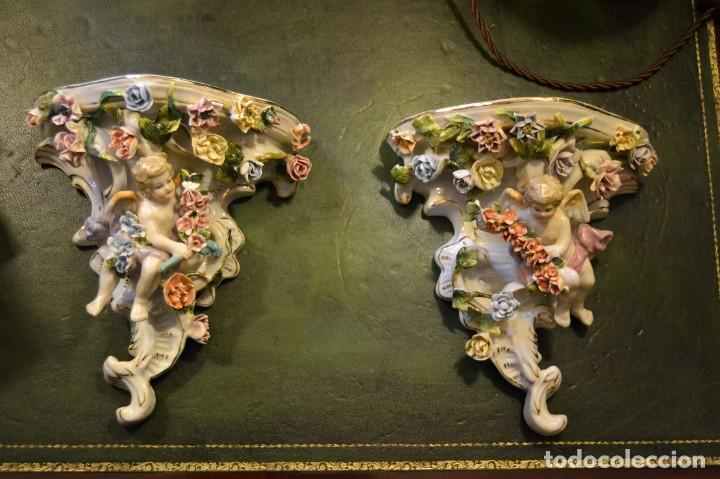 PAREJA DE MENSULAS PORCELANA (Antigüedades - Muebles Antiguos - Ménsulas Antiguas)
