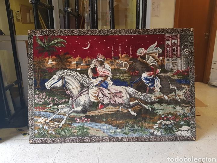Antigüedades: Gran Tapiz enmarcado, años 1960-70 - Foto 2 - 193724041