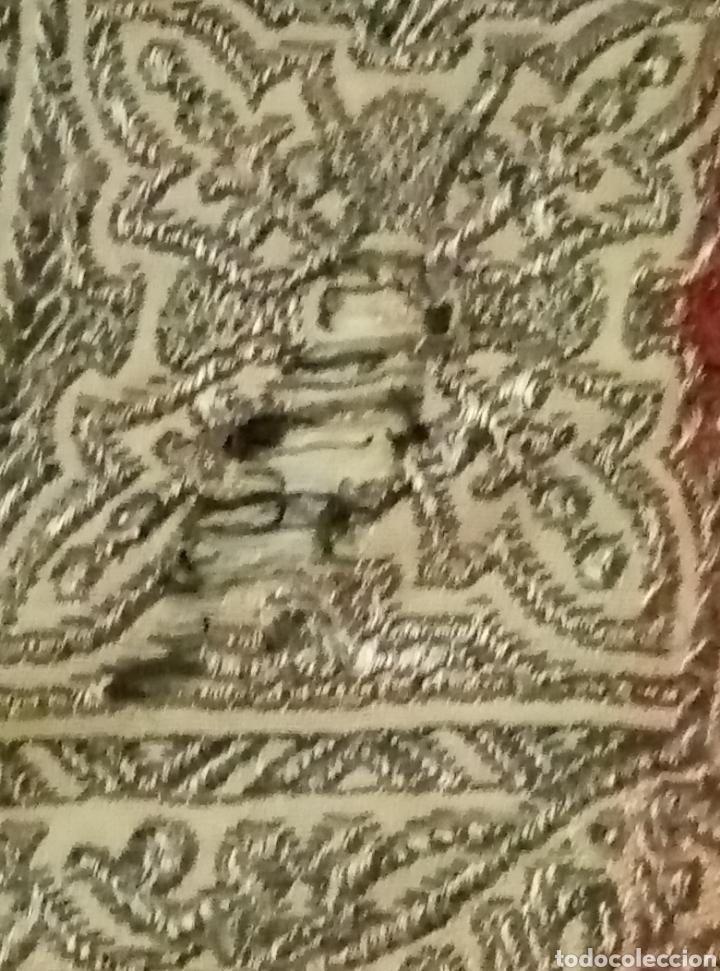 Antigüedades: Antigua colcha con escenas de caza Seda bordada - Foto 7 - 193731711