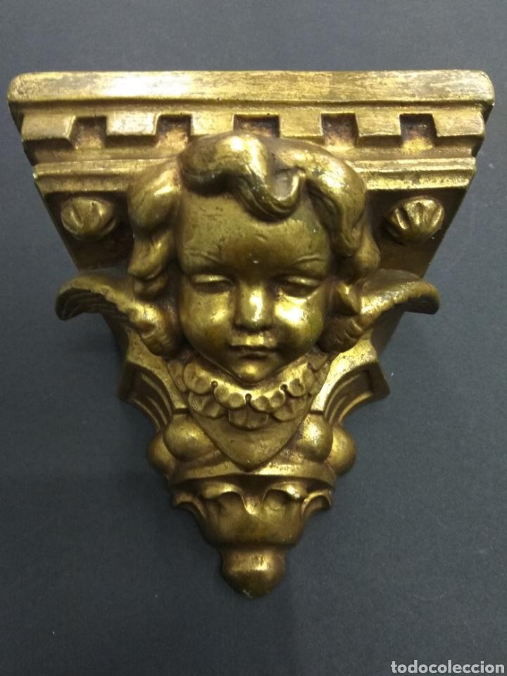 MÉNSULA QUERUBÍN ANGEL DORADO ESTUCO Y MADERA PIGMALION BARCELONA BELLA PIEZA PARA ALTAR (Antigüedades - Muebles Antiguos - Ménsulas Antiguas)