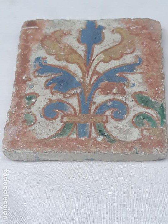 AZULEJO ANTIGUO DE TOLEDO - ARISTA - RENACIMIENTO - SIGLO XVI. (Antigüedades - Porcelanas y Cerámicas - Azulejos)