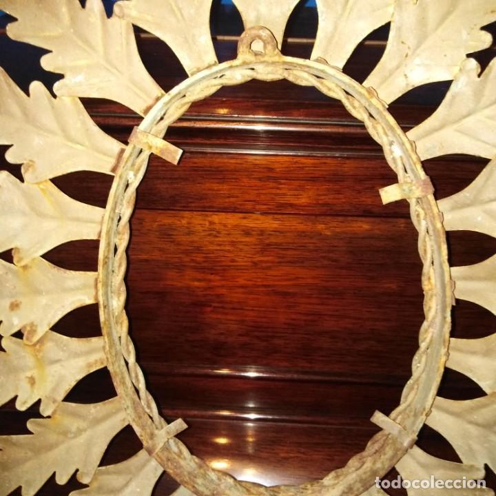 Antigüedades: Antiguo espejo tipo sol, años 20 - Foto 2 - 193769177