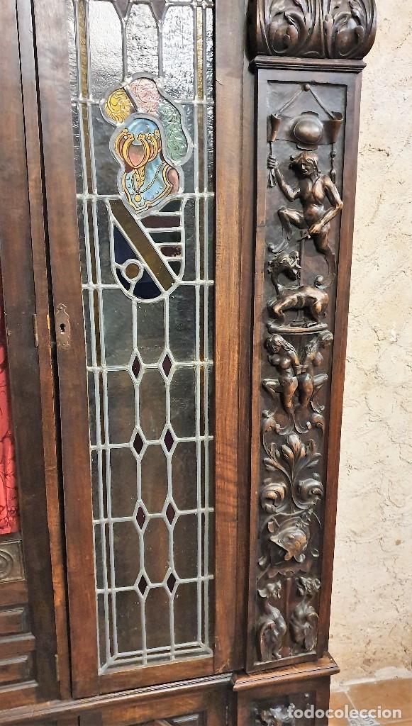 Antigüedades: ANTIGUA LIBRERIA NOGAL ESTILO ESPAÑOL - Foto 8 - 193781488