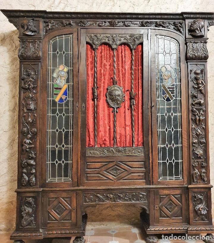 Antigüedades: ANTIGUA LIBRERIA NOGAL ESTILO ESPAÑOL - Foto 10 - 193781488