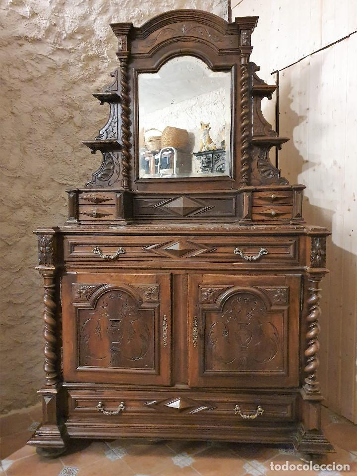 ATIGUA COMODA APARADOR CON ESPEJO JOYERO SALOMONICO (Antigüedades - Muebles - Cómodas Antiguas)