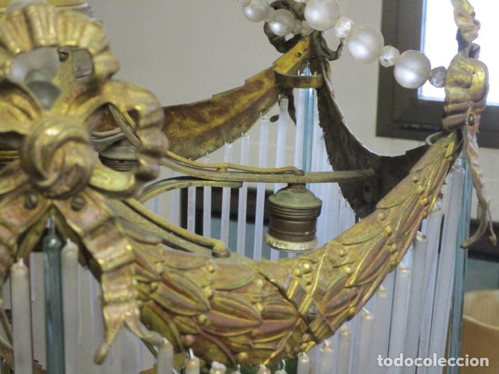Antigüedades: Preciosa Lámpara de Techo - Art Decó - 8 Luces - Bronce - Decoración Lagrimas de Cristal - Años 20 - Foto 11 - 193828673