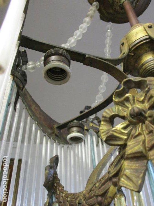 Antigüedades: Preciosa Lámpara de Techo - Art Decó - 8 Luces - Bronce - Decoración Lagrimas de Cristal - Años 20 - Foto 15 - 193828673