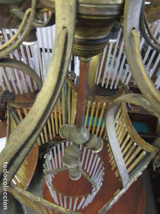 Antigüedades: Preciosa Lámpara de Techo - Art Decó - 8 Luces - Bronce - Decoración Lagrimas de Cristal - Años 20 - Foto 16 - 193828673