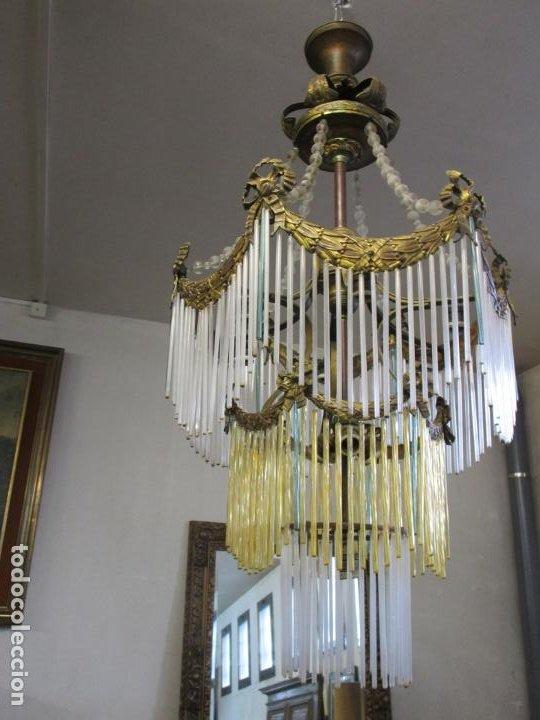 Antigüedades: Preciosa Lámpara de Techo - Art Decó - 8 Luces - Bronce - Decoración Lagrimas de Cristal - Años 20 - Foto 20 - 193828673