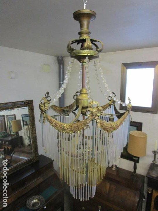 Antigüedades: Preciosa Lámpara de Techo - Art Decó - 8 Luces - Bronce - Decoración Lagrimas de Cristal - Años 20 - Foto 21 - 193828673