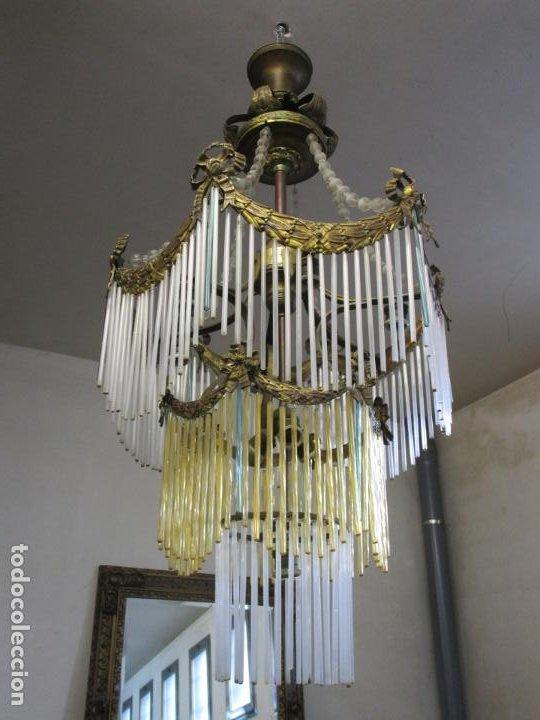 Antigüedades: Preciosa Lámpara de Techo - Art Decó - 8 Luces - Bronce - Decoración Lagrimas de Cristal - Años 20 - Foto 22 - 193828673