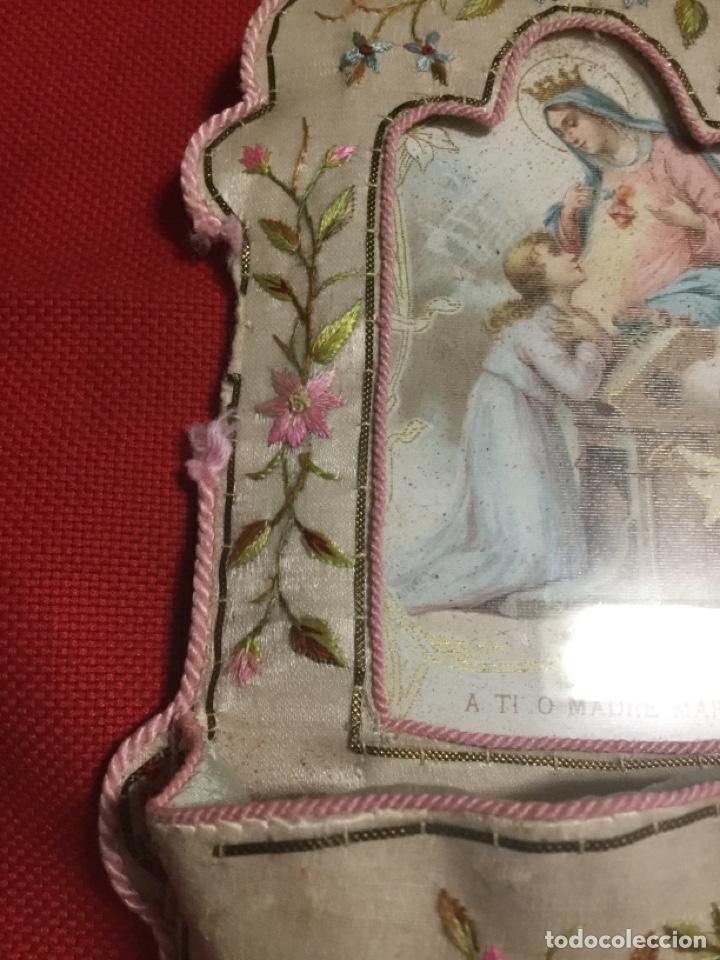 Antigüedades: ANTIGUA BENDITERA-SEDA BORDADA A MANO Y HILO DE ORO - Foto 5 - 193836840