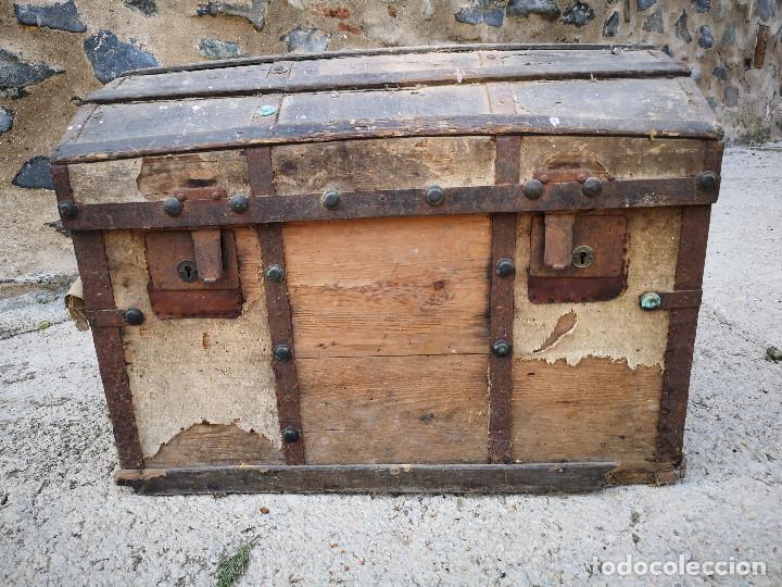 Antigüedades: PEQUEÑO BAUL COFRE ANTIGUO (VER FOTOS) - Foto 2 - 193842150