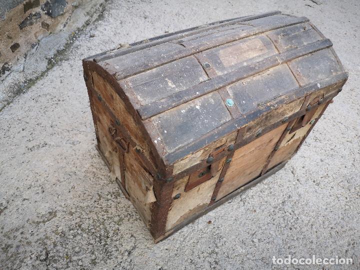 Antigüedades: PEQUEÑO BAUL COFRE ANTIGUO (VER FOTOS) - Foto 3 - 193842150