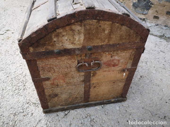 Antigüedades: PEQUEÑO BAUL COFRE ANTIGUO (VER FOTOS) - Foto 4 - 193842150