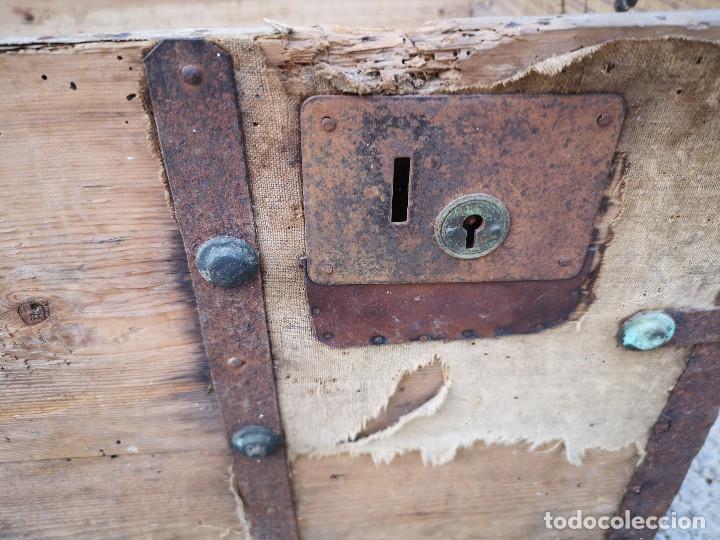 Antigüedades: PEQUEÑO BAUL COFRE ANTIGUO (VER FOTOS) - Foto 11 - 193842150