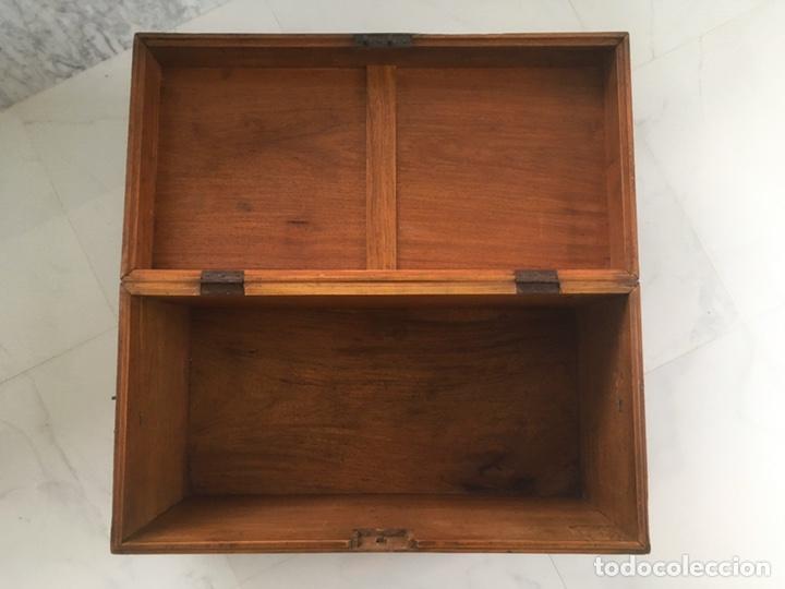 Antigüedades: Arqueta de madera y nácar S.XVIII - Foto 8 - 193854593