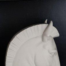 Antigüedades: CABEZA CABALLO DE LLADRÓ. Lote 193854758